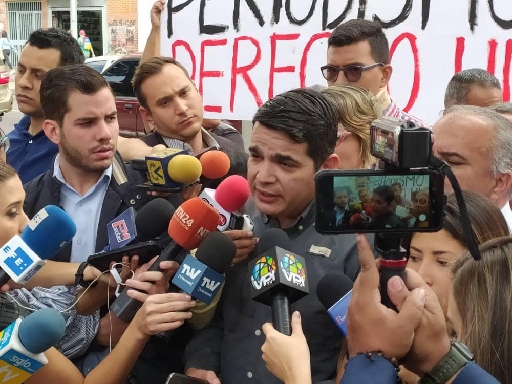 periodistas_11feb