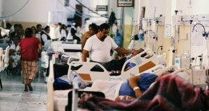 Congestion in public hospitals is frequent in Latin America even without epidemics. Long waits and the need to resort to out-of-pocket spending to obtain medical assistance are common in the region. CREDIT: Courtesy of Integralatampost